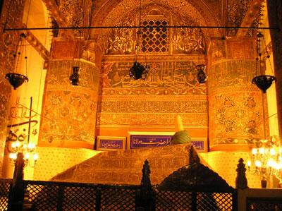 Inside Rumis tomb